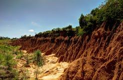 Het ravijn van het erosiezand dichtbij de lokale markt Ethiopië van Kei Afer royalty-vrije stock afbeelding
