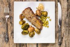 Het receptenachtergrond van het braadstukrundvlees Stock Afbeelding