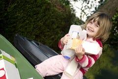 Het recycling van het kind Stock Fotografie