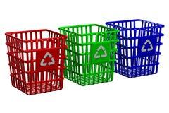 Het recycling van manden op witte achtergrond Royalty-vrije Stock Foto's