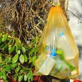 Het recycling van plastieken stock fotografie