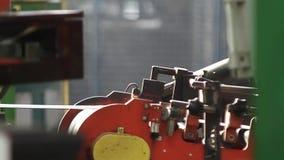 Het recycling van rubber in de chemische industrie stock videobeelden