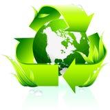 Het recycling van symbool met bolachtergrond Stock Fotografie