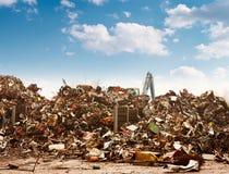 Het recyclingsstortplaats van de auto Stock Afbeelding