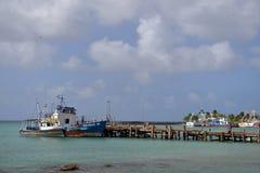 Het redactie van het de Baai Grote Graan van vissersbootbrig Eiland Nicaragua Royalty-vrije Stock Fotografie