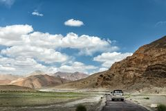 Het reizen door bestelwagen in Leh ladakh royalty-vrije stock afbeelding