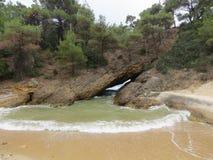 Het reizen en de partij van de de zomerpret Tripitistrand, Thassos-Stranden Beste stranden in de wereld Thasosseiland Griekenland stock foto