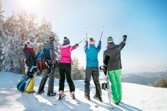 Het reizen, het snowboarding, levensstijl, recreatie, vakantie en ho Stock Afbeeldingen