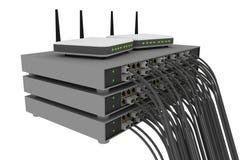 Het rek van de schakelaar met kabels en routers Stock Foto's