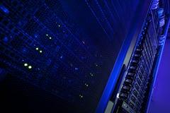 Het rekcluster van de server in een gegevenscentrum Stock Fotografie