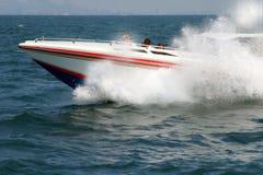 Het rennen van de boot Stock Afbeeldingen