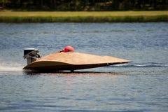 Het rennen van de boot Stock Fotografie