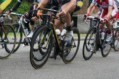 Het rennen van fietsers Stock Foto