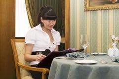 In het restaurant royalty-vrije stock fotografie