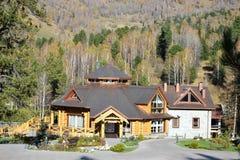 Het restaurant in de bergen Stock Foto's