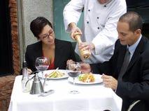Het restaurant van het paar. Stock Afbeeldingen