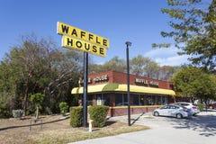 Het restaurant van het wafelhuis in Zeer belangrijke Largo, Florida Royalty-vrije Stock Foto