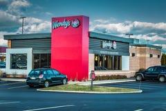 Het restaurantbuitenkant van het Wendys snelle voedsel Stock Foto