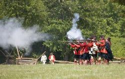Het revolutionaire oorlogsweer invoeren Royalty-vrije Stock Foto
