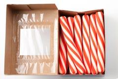 Het riet van het suikergoed in doos Stock Foto's