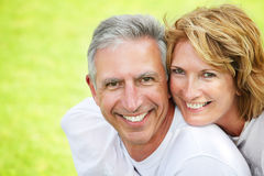 Het rijpe paar glimlachen Royalty-vrije Stock Fotografie