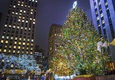 Het Rockefellercentrum steekt 2013 aan Stock Foto's