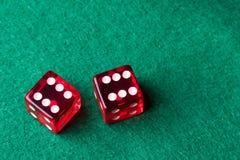 Het rode casino dobbelt Royalty-vrije Stock Foto