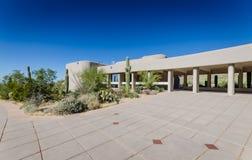 Het rode Centrum van de Heuvelsbezoeker - het Nationale Park van Saguaro - AZ Stock Fotografie