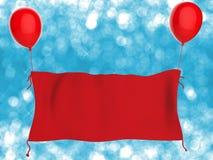 Het rode doekbanner hangen met rode ballons Stock Fotografie