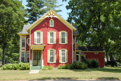 Het rode Huis van het Landbouwbedrijf stock foto