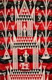 Het rode Thaise patroon van de zijdestof royalty-vrije stock fotografie