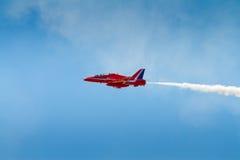 Het rode vliegtuig van Pijlen Royalty-vrije Stock Foto's