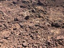 Het rode vuil, brengt in de war als, in Haleakala in Maui stock afbeeldingen