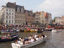 Het Roeien van Gent Boten Stock Afbeelding