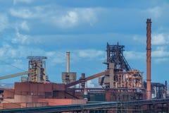 Het roken dooft toren van een cokery Stock Fotografie