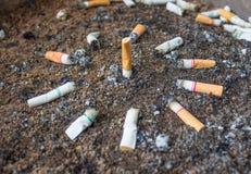 Het roken vertegenwoordigt een gevaar voor de gezondheid Stock Foto