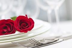 Het romantische diner plaatsen Stock Afbeeldingen
