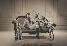 Het romantische meisje stellen Royalty-vrije Stock Afbeelding