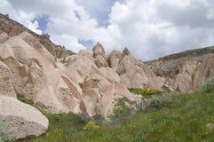 Het rood/nam Vallei, Cappadocia, Turkije toe Royalty-vrije Stock Fotografie