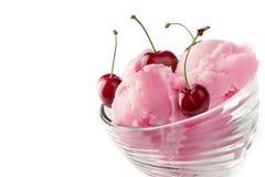 Het roomijs van het fruit met kers Stock Afbeeldingen