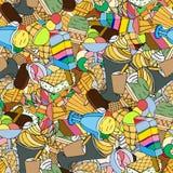 Het roomijskegels van de aardbei, van de chocolade, van de vanille en van de pistache over witte achtergrond Stock Afbeelding