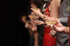 Het roosteren van Champagne Stock Foto
