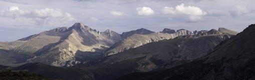 Het rotsachtige panorama van het berg nationale park Royalty-vrije Stock Afbeeldingen