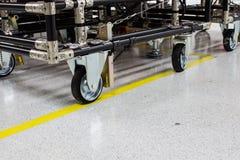 Het rubberwiel van de industriekar in elektronische productie Royalty-vrije Stock Foto's