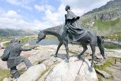 Het ruiterstandbeeld van Algemene Suvorov op Gotthard-pas royalty-vrije stock foto
