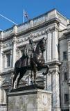Het ruiterstandbeeld van de Hertog van Cambridge, Whitehall is een levensgroot gedenkteken door Adrian Jones Het bevindt zich tro Stock Foto's