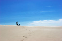 Het rusten alleen op woestijn Royalty-vrije Stock Fotografie