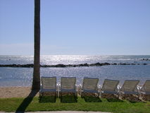 Het rusten bij strand stock fotografie