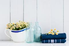 Het rustieke decor van de huiskeuken Stock Foto's