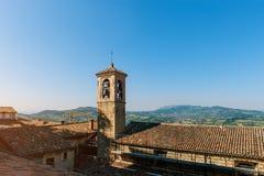Het ` s één van de drie die torens in het kleine Europese land van San Marino op de drie pieken van Monte Titano worden gevestigd stock foto